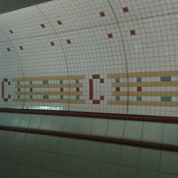 Photo taken at CTA - Chicago (Red) by BTRIPP on 4/19/2013