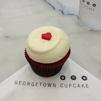 Photo taken at Georgetown Cupcake by Debbie J. on 6/17/2013