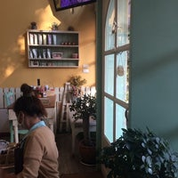 Photo taken at In the Garden - Nail Spa by Preaw R. on 10/12/2014