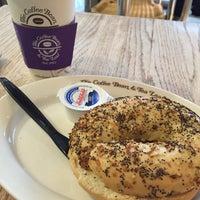 Photo taken at The Coffee Bean & Tea Leaf by Steve B. on 2/19/2016