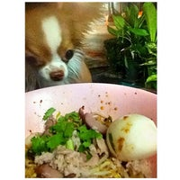 Photo taken at Lung Cheay Egg Noodles by Zheon R. on 7/19/2013