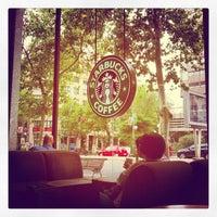 Photo taken at Starbucks Coffee by Álvaro R. on 9/29/2012