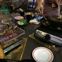 Photo taken at D'Kayangan Buffet Steamboat by Athir A. on 7/14/2016