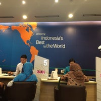 Photo taken at Garuda Indonesia Sales & Ticketing Office by Nur K. on 12/19/2015