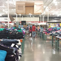 Photo taken at Costco Wholesale by businesslaw b. on 3/10/2014
