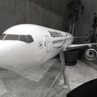 Photo taken at Oficinas Corporativas Aeroméxico by Jorge V. on 7/28/2016