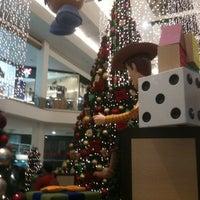 Photo taken at Amazonas Shopping by Pietro R. on 4/14/2013