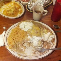 Photo taken at Casa Sanchez Mexican Food by Hernan L. on 10/23/2013