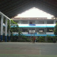 Photo taken at SMA Negeri 1 Manado by Richi L. on 5/1/2013