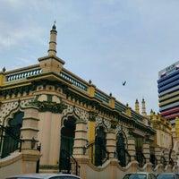 Photo taken at Abdul Gaffoor Mosque by Nastja S. on 11/24/2015