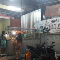 Photo taken at Nasi Pedas Ibu Andika 2 by Steven H. on 7/5/2016