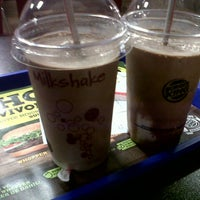 Photo taken at Burger King by Mel?h Y. on 6/5/2013