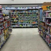 Photo taken at Walgreens by Jemillex B. on 5/19/2016