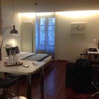 Photo prise au Hotel La Cour des Augustins par Aleksander K. le4/15/2014
