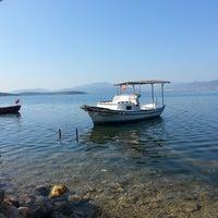 Photo taken at Akkum Liman, Ozbek Koyu by Tuğçe Ö. on 8/12/2016