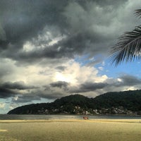 Photo taken at Praia do Gonzaguinha by Pedro Paulo D. on 4/21/2013