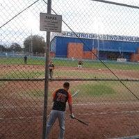 Foto tomada en Centro Deportivo Revolucion por Carl's G. el 4/30/2013