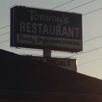 Photo taken at Tommy's Restaurant by John Z. on 10/6/2013