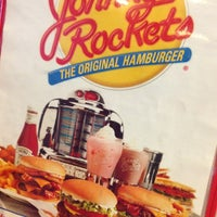 Photo taken at Johnny Rockets by Gastronomía Digital M. on 7/12/2013