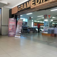 Photo taken at Gramedia by Wiwien A. on 10/9/2013