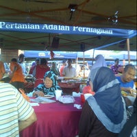 Photo taken at Sec13 Car Boot Sale by Mokhtar M. on 1/19/2013