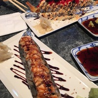 Photo taken at Osaka Sushi by Noemi L. on 5/5/2016