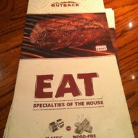Photo taken at Outback Steakhouse by Vanesssa R. on 11/29/2012