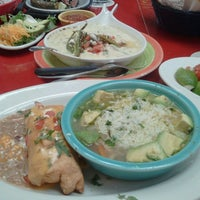 Photo taken at Pappasito's Cantina by Rosie H. on 4/16/2013