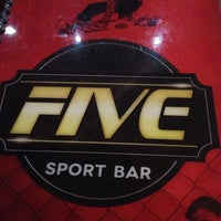 Photo taken at Five Sport Bar by Engfricardo A. on 5/4/2013