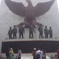 Photo taken at Monumen Pancasila Sakti by Alex I. on 5/1/2016