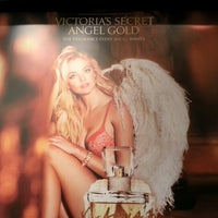 Photo taken at Victoria's Secret PINK by Mike F. on 11/10/2012