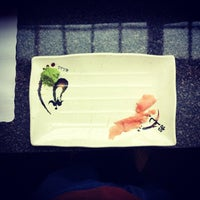 Photo taken at Tokyo Sushi Bar by Kidchèn Itzà on 9/10/2013