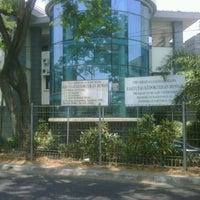 Photo taken at Fakultas Kedokteran Hewan by Aruji Y. on 10/1/2012