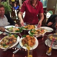 Photo taken at Chinees Restaurant Jumbo by Jolien D. on 9/25/2015