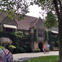 Photo taken at Edsel & Eleanor Ford House by Ranti J. on 7/20/2014