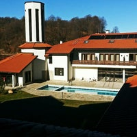 Photo taken at Спа Хотел ПлаНината by Metodi I. on 2/16/2014