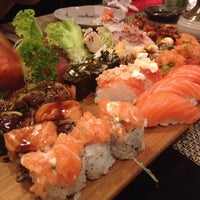 Photo taken at São Paulo - Tokyo Sushibar by Eliane L. on 3/23/2013