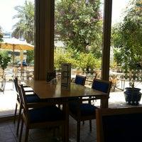Photo taken at Biella - Italian Ristorante Café by Elle E. on 5/5/2013