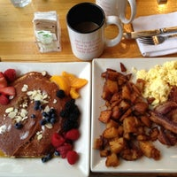 Photo taken at Portage Bay Cafe & Catering by Hopkinson R. on 9/19/2012