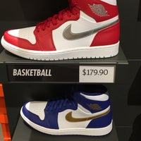 Photo taken at Nike Factory Store by Daryl C. on 10/30/2016