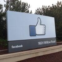 Photo taken at Facebook HQ by Tsutsumu I. on 4/4/2013