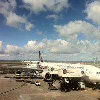 Photo taken at Auckland Airport (AKL) International Terminal by Auzani R. on 4/11/2013