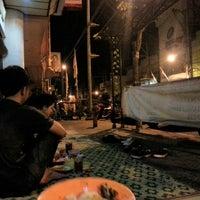 Photo taken at Lesehan Siantan by Brada Lamba M. on 10/24/2012