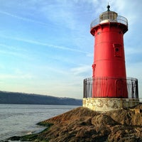 Photo taken at Little Red Lighthouse by Alex on 4/11/2013