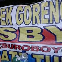 Photo taken at BEBEK GORENG SBY by andi a. on 12/9/2012