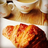 Photo taken at Le Pain Quotidien by Marcella C. on 5/31/2015