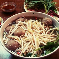 Photo taken at Pho Dong-Huong by Daniele Z. on 6/23/2013