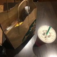 Photo taken at Starbucks by Veronica Garcia Saldana on 5/19/2016