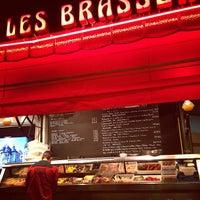 Photo taken at Brasseries Georges by Vladimir D. on 8/27/2013