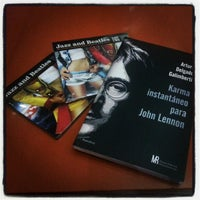 Photo taken at Librerías Crisol by Lisette C. on 12/3/2012